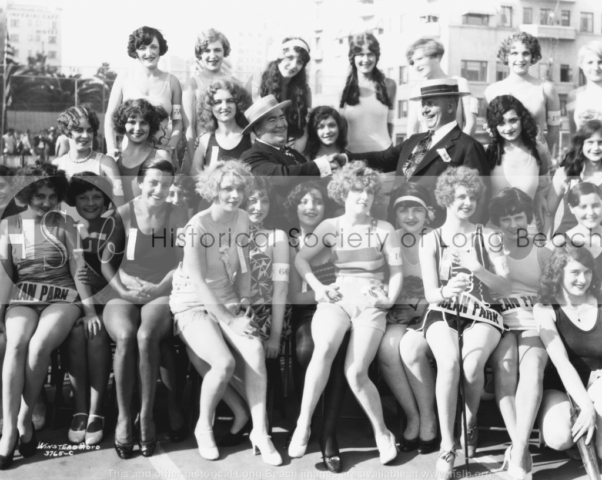 Beauty contestants, 1926
