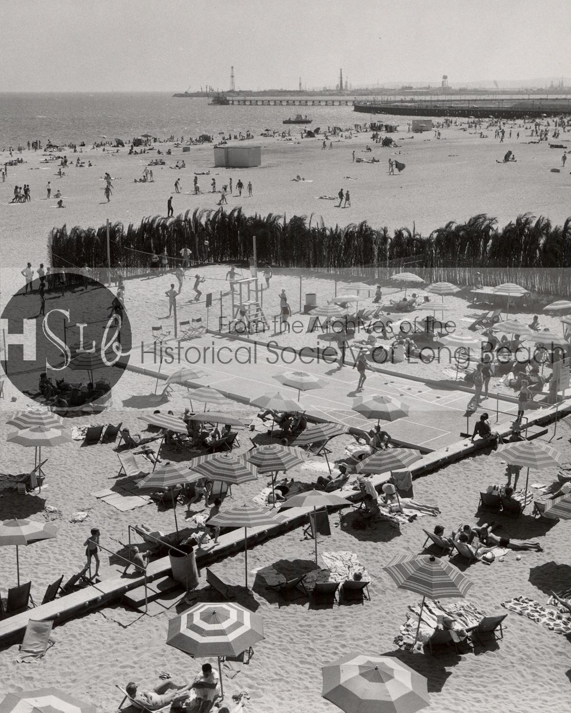 HSLB black and white photograph beach